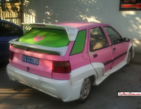 Citroen Fukang is Pink with a Body Kit in China