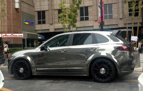 Spotted in China: Mansory 958 Porsche Cayenne