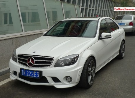 Mercedes-Benz C63 AMG has a Shiny Grille in China