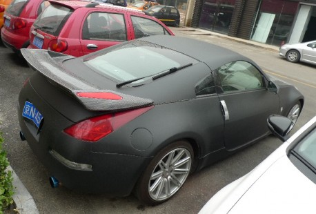 nissan-350z-matte-black-china-2