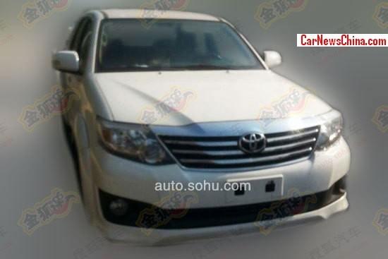 Spy Shots: Toyota Fortuner testing in China - CarNewsChina.com