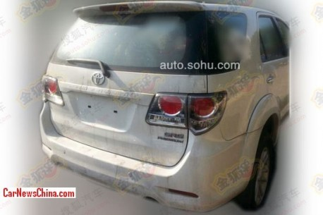 toyota-fortuner-china-2