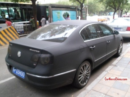 volkswagen-magotan-matte-black-china-2