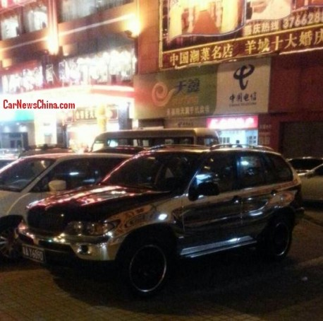 Bling! BMW X5 is shiny silver in China