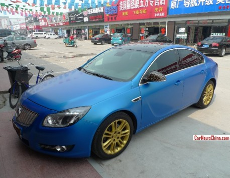 Buick Regal is matte blue in China