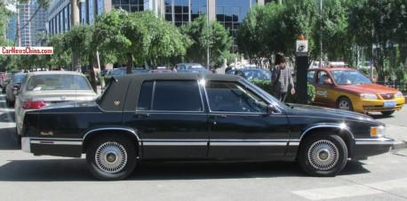 cadillac-sedan-deville-china-2