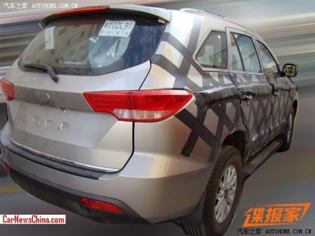 foday-suv-china-1-spy-2