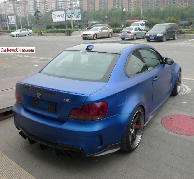 bmw-1m-matte-blue-china-3