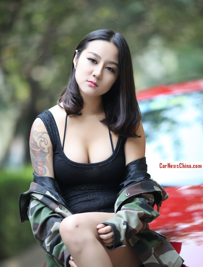 china-girl-volkswagen-golf-4a