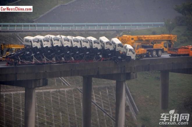 eleven-trucks-china-1
