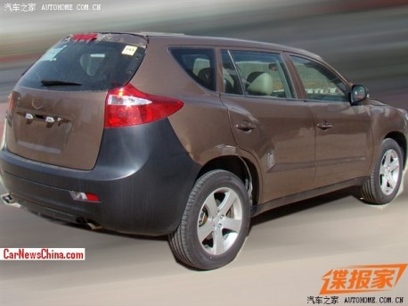 geely-ex8-china-spy-2