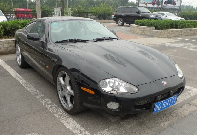 Spotted in China: first generation Jaguar XKR