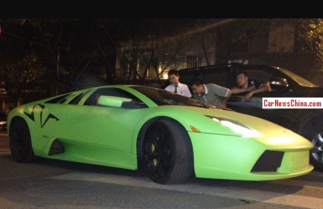 Lamborghini Murcielago LP 640 is matte-lime green in China