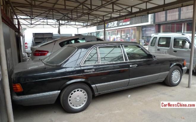 mercedes-benz-560-sel-china-3