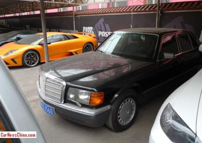 mercedes-benz-560-sel-china-5