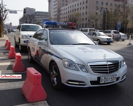 Mercedes-Benz E-L Class police car from China