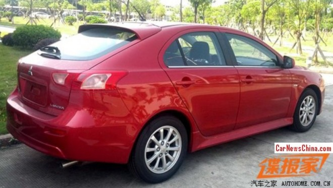 Spy Shots: Mitsubishi Lancer hatchback pops up in China