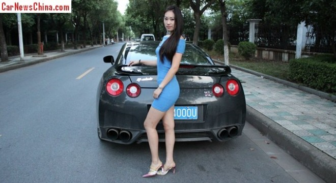 nissan-gtr-china-girl-2