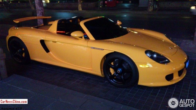 porsche-carrera-gt-china-yellow-5