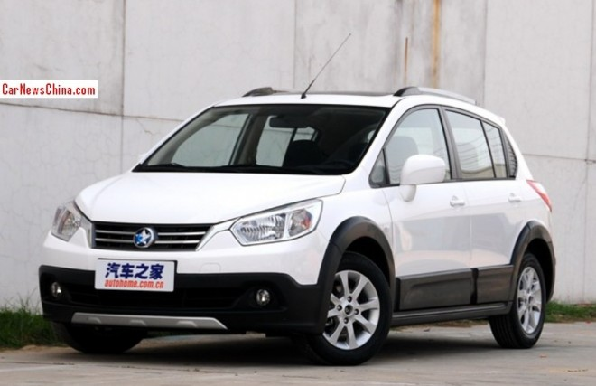 Venucia R50X launched on the China car market