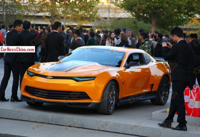 Bumblebee enters China for filming Transformers: Age of Extinction
