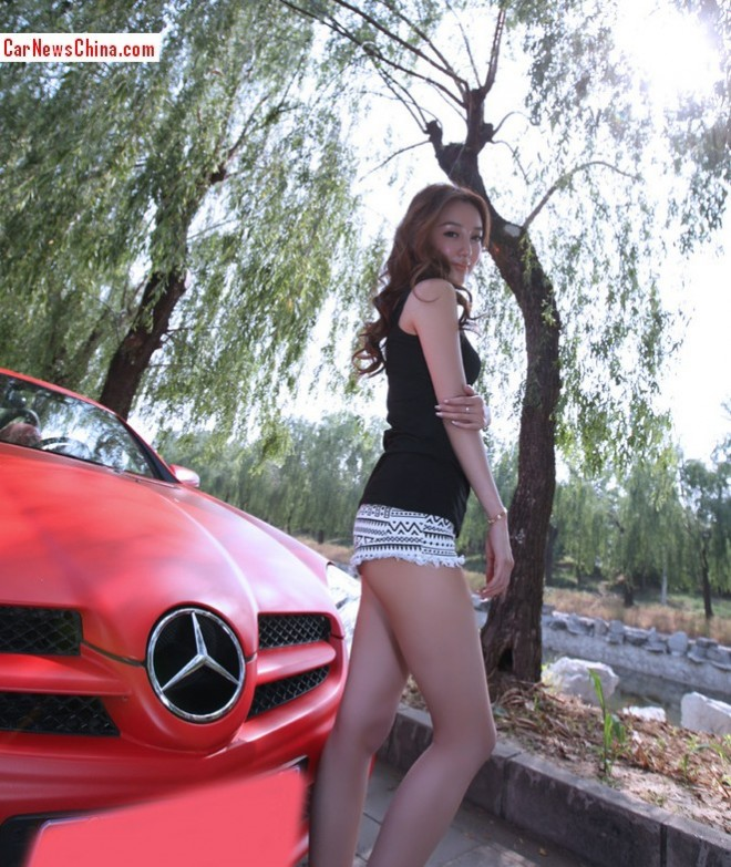 china-girl-pink-mercedes-7
