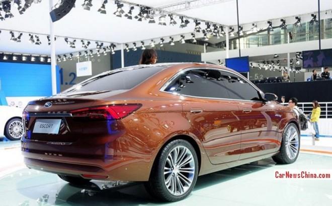 ford-escort-china-2