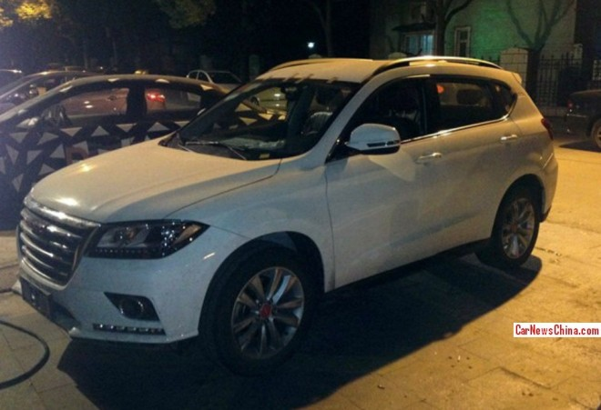 Spy Shots: Haval H2 is Naked at Night in China