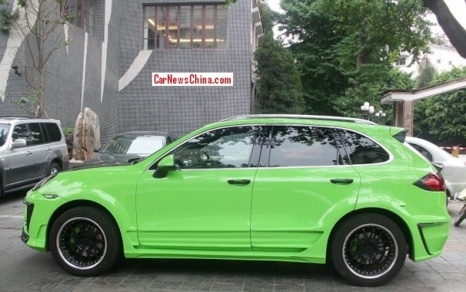 porsche-cayenne-green-china-2