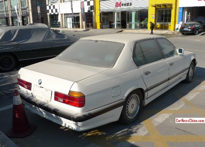 bmw-7-e32-china-3