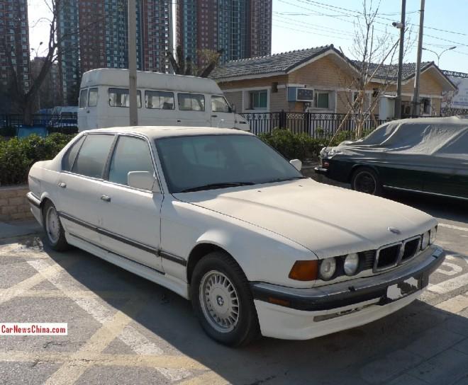 bmw-7-e32-china-4