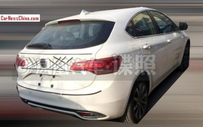 Spy Shots: Fiat Ottimo testing in China