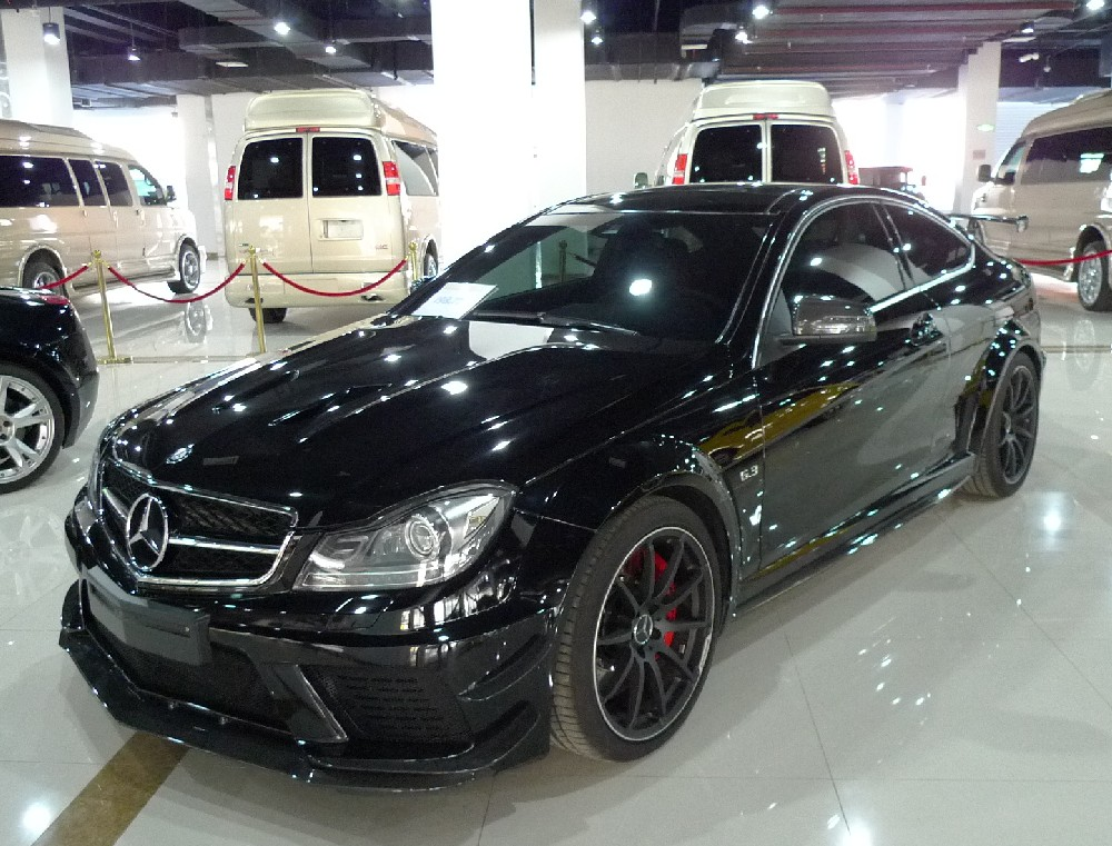 mercedes benz c63 amg black series coupe is black in china. Black Bedroom Furniture Sets. Home Design Ideas