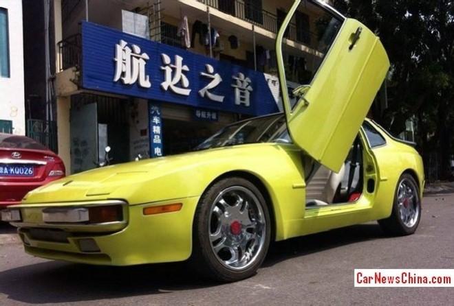 Porsche 944 with Lambo Doors in China