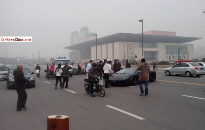 aventador-tricycle-china-3