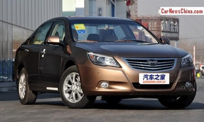 byd-g6-china-1a