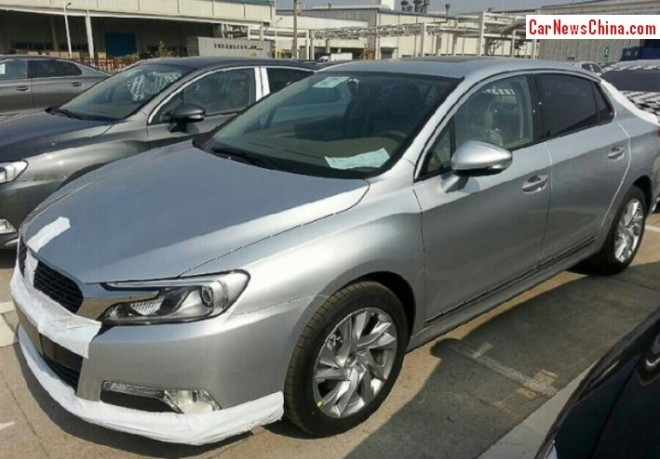 citroen-ds-5ls-china-5