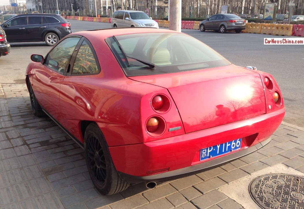 spotted in china fiat coupe in red. Black Bedroom Furniture Sets. Home Design Ideas