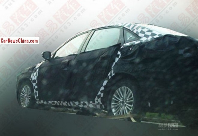 Spy Shots: new Ford Escort testing in China