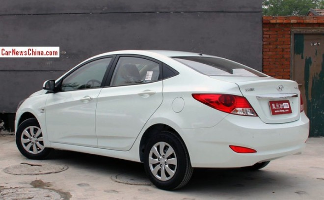 hyundai-verna-china-1b