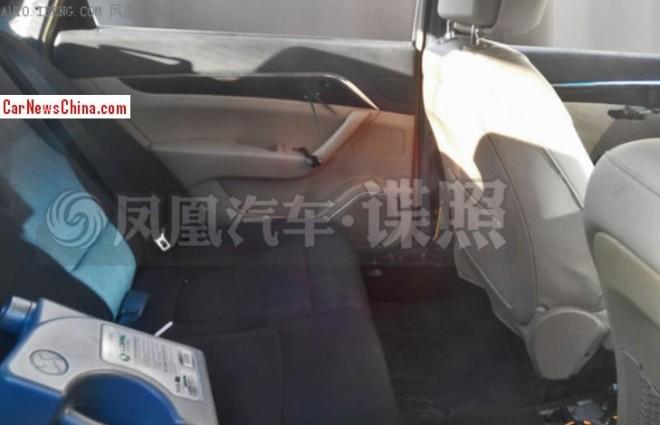 jac-sedan-china-5