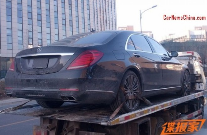 Spy Shots: 2014 Mercedes-Benz S600 on a Truck in China