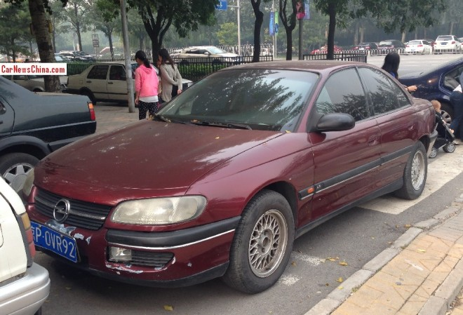 Spotted in China: Opel Omega GL