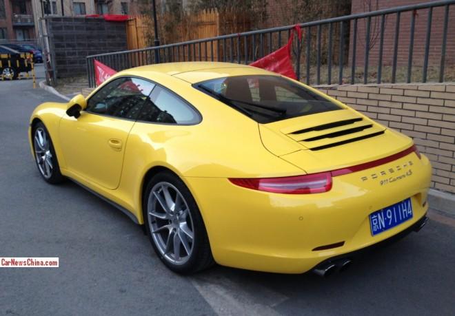 porsche-911-yellow-china-2
