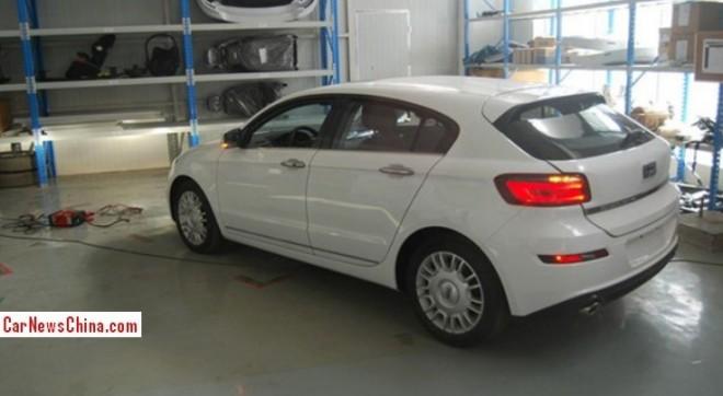 qoros-3-hatchback-3