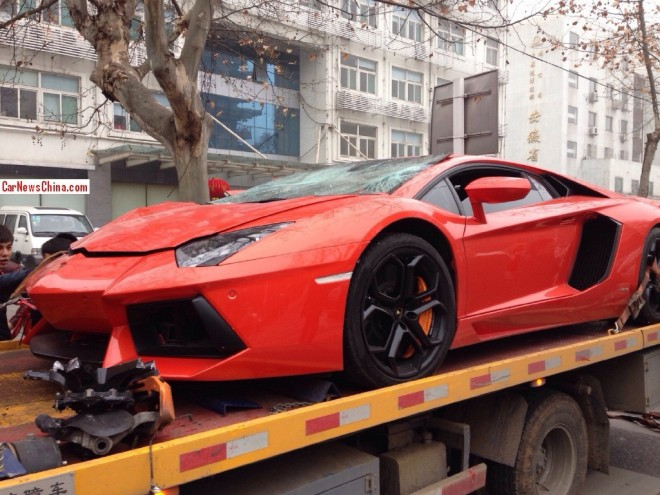 lamborghini-crash-china-2-8