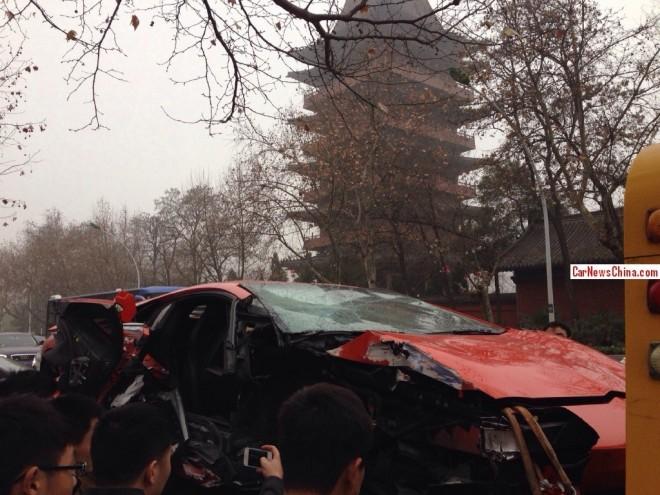 lamborghini-crash-china-2-9