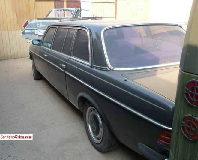 mercedes-benz-w123-limousine-2