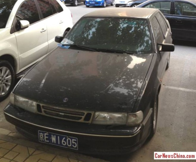 Spotted in China: Saab 9000 CD in black