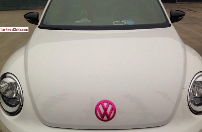 volkswagen-beetle-pink-china-3